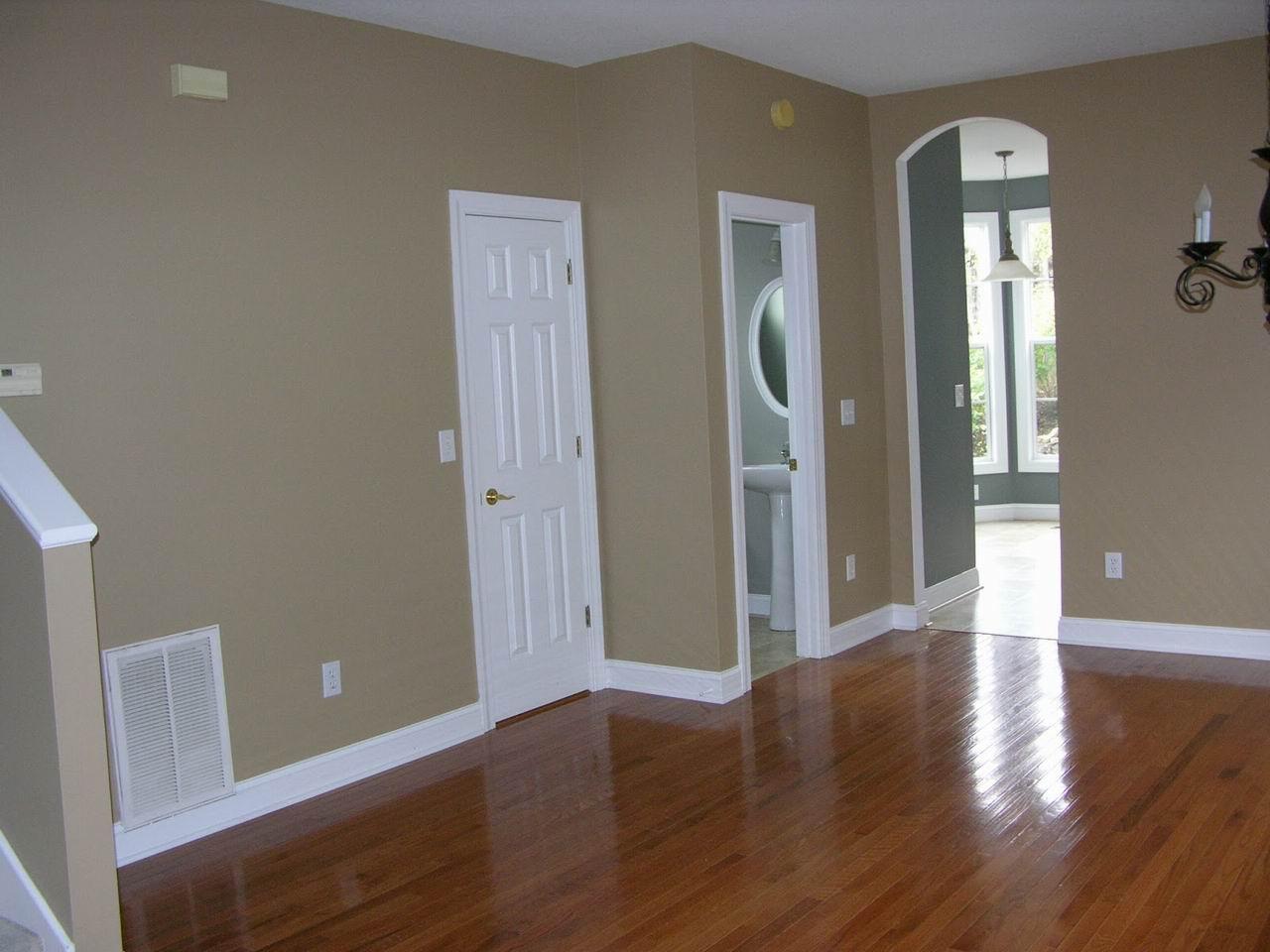 Важността на вътрешните врати за дома и офиса